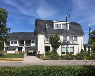 Boutique Hotel de Zwaluw - De Koog - Edificio