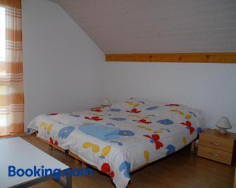 Appartment Aux Lilas - Val-de-Ruz - Slaapkamer