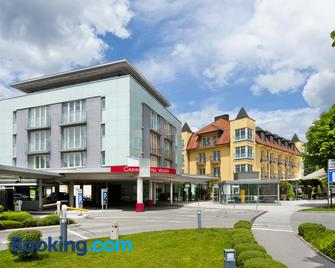 Casinohotel Velden - Velden am Wörthersee - Building