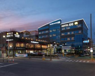 Gyeongju Tourist Hotel GG - Gyeongju - Building