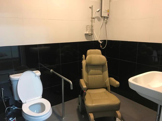Express Hostel - Bangkok - Bathroom