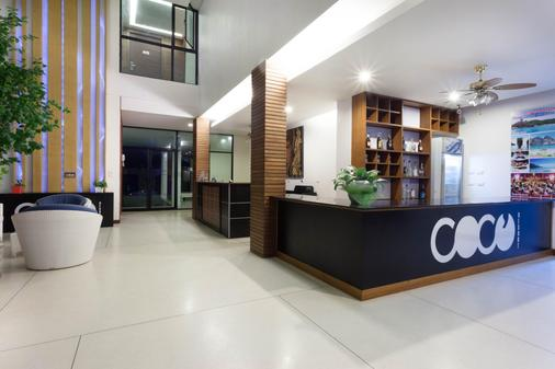 Coco Resort - Patong - Front desk