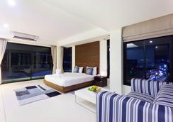 Coco Resort - Patong - Bedroom