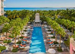 SLS Baha Mar - Nassau - Pool