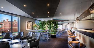 Best Western Plus Travel Inn Hotel - Melbourne - Nhà hàng