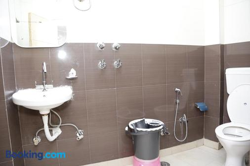 New King by Backpackers Heaven - New Delhi - Phòng tắm