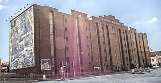 Victoria Warehouse Hotel - Manchester - Bygning