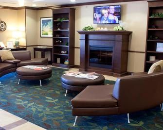 Candlewood Suites Youngstown W - I-80 Niles Area, An IHG Hotel - Austintown - Salónek