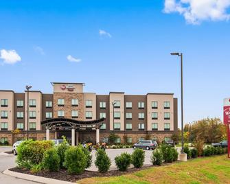 Best Western Plus Atrium Inn & Suites - Clarksville - Building