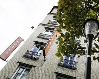 Olympic Hotel by Patrick Hayat - Boulogne-Billancourt - Building