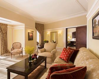 The Regency Hotel, Kuwait - Salmiya - Living room