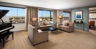 The Westin Los Angeles Airport - Los Angeles - Living room