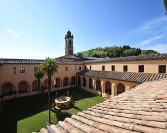 Chiostro delle Monache - Hostel Volterra - Volterra - Patio