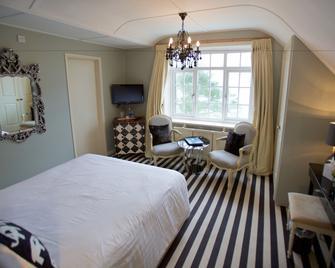 Talland Bay Hotel - Looe - Bedroom
