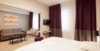 Hotel Crystal - Lausanne - Bedroom