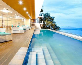 The Lake Hotel Tagaytay - Tagaytay - Pool