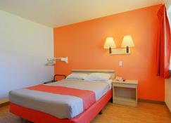 Motel 6 Rapid City, SD - Rapid City - Bedroom