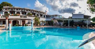 Hotel Tritone - Lipari - Piscina