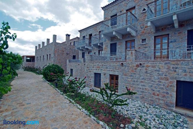 Smyros Resort - Poulithra - Building
