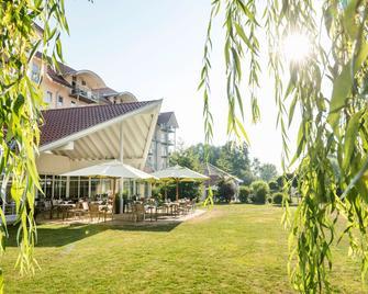 Best Western Plus Parkhotel Maximilian Ottobeuren - Ottobeuren - Building