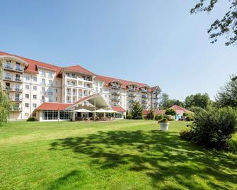 Best Western Plus Parkhotel Maximilian Ottobeuren - Ottobeuren - Budova