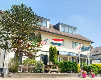 Hotel Berg en Bos - Apeldoorn - Edificio