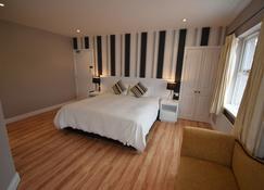 Aaranmore Lodge Bed & Breakfast - Portrush - Bedroom