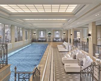 Four Seasons Hotel George V - Paris - Pool
