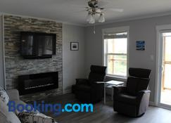 Cape Breton Villas - Inverness - Living room