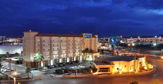 Hotel Mesaluna Near American Consulate - Ciudad Juárez