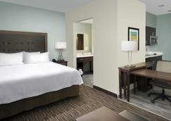 Homewood Suites San Antonio Airport - San Antonio - Bedroom