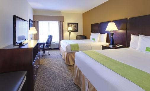 La Quinta Inn & Suites by Wyndham Memphis Wolfchase - Memphis - Schlafzimmer