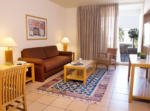 Isrotel Royal Garden Hotel - Eilat - Living room