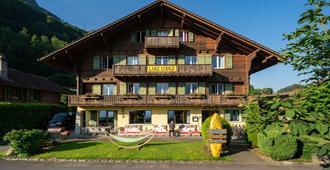 Lake Lodge Hostel - Iseltwald - Gebäude