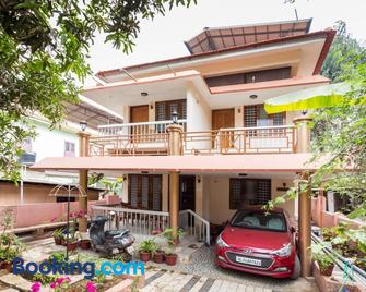 Thoms Homestay - Alappuzha - Building