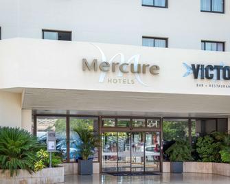 Hôtel Mercure Hyères Centre - Hyères - Building