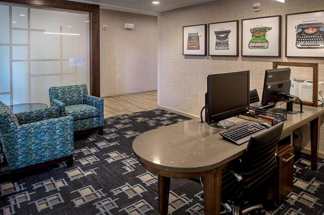 Homewood Suites by Hilton St. Louis Westport - Maryland Heights - Liikekeskus