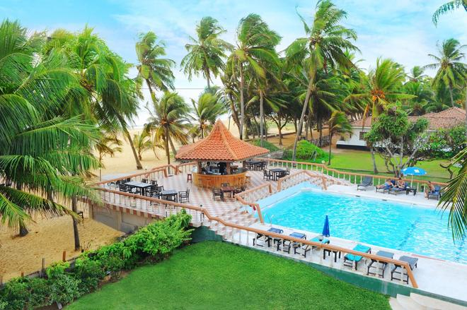 Golden Star Beach Hotel - Negombo - Pool