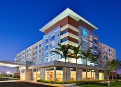 Hyatt House Ft. Lauderdale Airport & Cruise Port - Dania Beach - Building