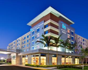 Hyatt House Ft. Lauderdale Air-South - Dania Beach - Building