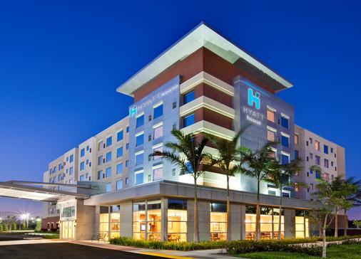 Hyatt House Ft. Lauderdale Airport & Cruise Port - Dania Beach - Rakennus