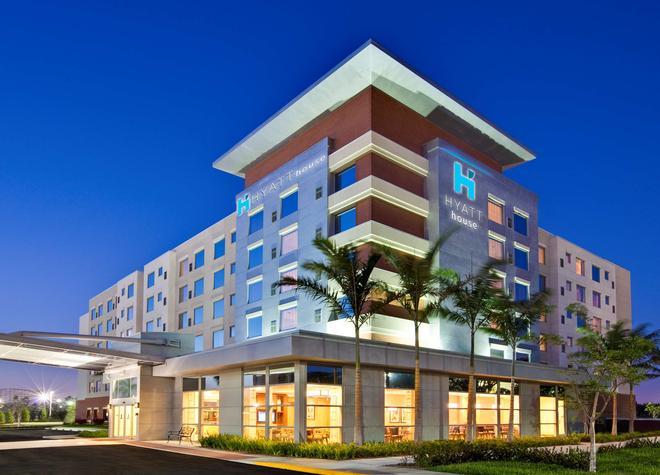 Hyatt House Ft. Lauderdale Airport & Cruise Port - Dania Beach - Rakennus