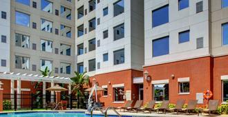 Hyatt House Ft. Lauderdale Airport & Cruise Port - Dania Beach