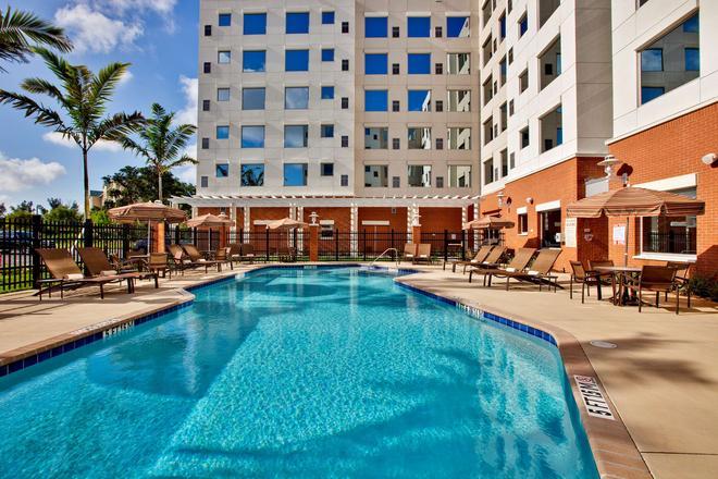 Hyatt House Ft. Lauderdale Airport & Cruise Port - Dania Beach - Uima-allas