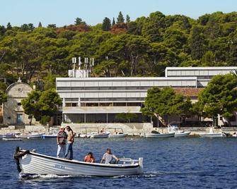Delfin Hvar Hotel - Hvar