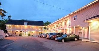 Midtown Motel & Suites - Moncton - Edificio