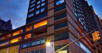 Courtyard by Marriott Detroit Downtown - Detroit - Gebouw