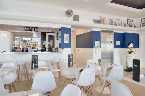 Penguin Hotel - Miami Beach - Bar