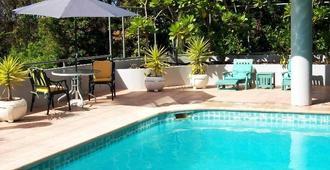 Parklane Motor Inn Takapuna Beach - Auckland - Pool