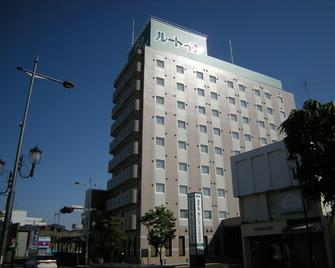 Hotel Route-Inn Ashikaga Ekimae - Ashikaga - Gebäude